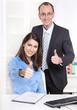 Erfolgreiches Team - Arbeitskollegen im Büro - Kaufleute