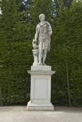 The statue at Schönbrunn Palace