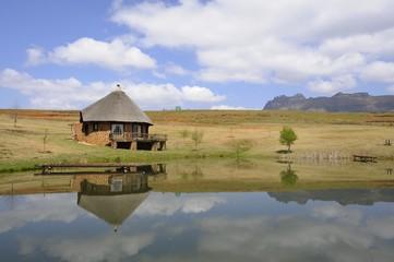 Quaint thatch and stone holliday cottage,Underberg,kwazulu Natal