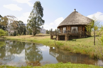Quaint thatch and stone holliday cottage,Underberg,kwazulu Natal