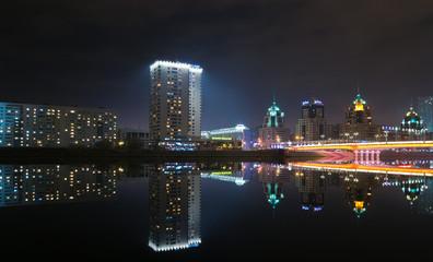 Астана, набережная ночью