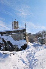 path in the high snow to the castle