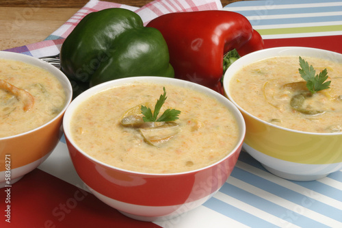 Vegetable soup with bell peppers