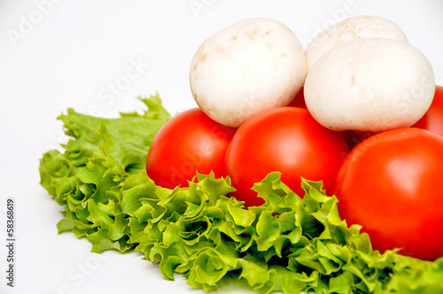 Fresh vegetables, mushrooms and tomatoes