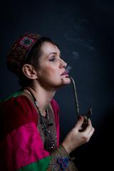 En costume Afghan