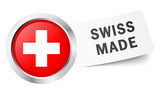 "Button mit Fahne "" SWISS MADE """
