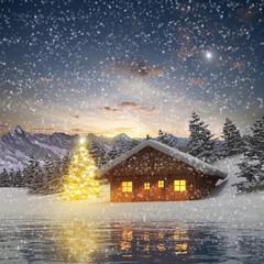 Alm Hütte und Christbaum im Schneefall
