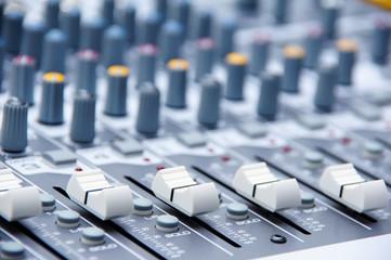Audio console 2