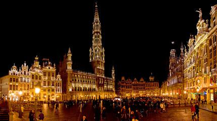 """Bruxelles, """"Grand place"""" de nuit"""