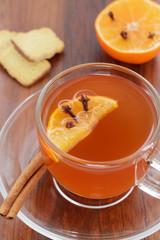 Früchtetee, Orange mit Gewürznelken