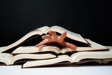 たくさんの本とプレッシャー