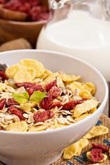 Breakfast with granola