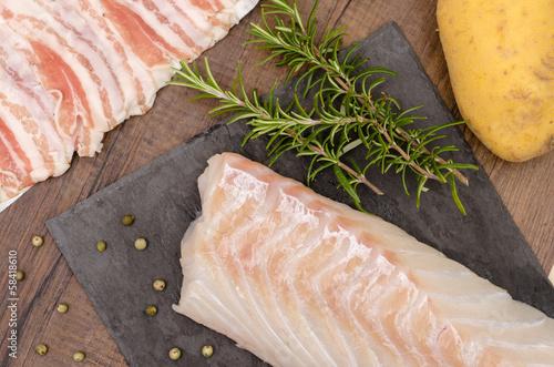 Kabeljau mit Rosmarin und Kartoffel - 58418610