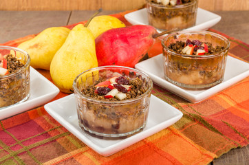 Pear and cranberry crisp dessert