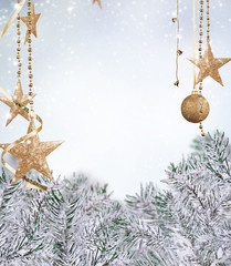 Pin tree with decoration