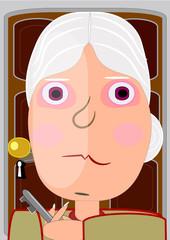 Anciana en la puerta de su casa