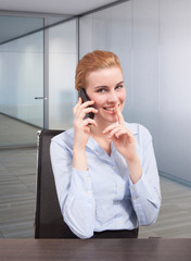 don't disturbe businesswoman at phone