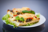 bruschetta with mushrooms and cheese