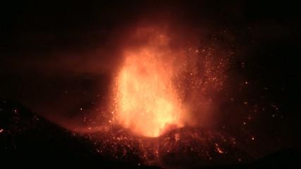 Etna - Paroxysm 2013 (lava fountain)