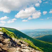 Vue sur la montagne du haut de Goverli, les Carpates