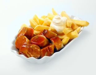 Currywurst with golden potato chips