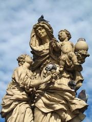 Prag Karlsbruecke Madonna 1