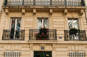 façade immeuble parisien de Standing