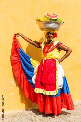 Damy sprzedawania owoc w Cartagena, Kolumbia