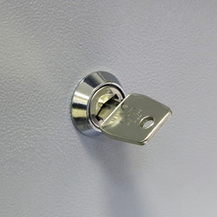 key in the safe deposit