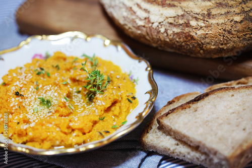 Carrot and sweet potato spread or dip with sliced bread