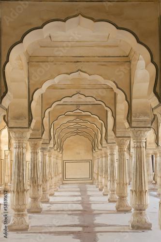 luki-w-amber-fort-w-poblizu-jaipur