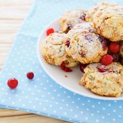 shortbread cookies with cranberries