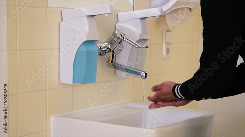 Hands Washing in Hospital