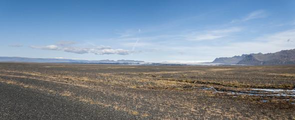 panoramica nel deserto di pietre in Islanda