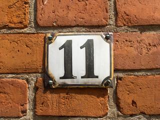 Hausnummer 11