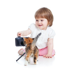 kid shooting kitten