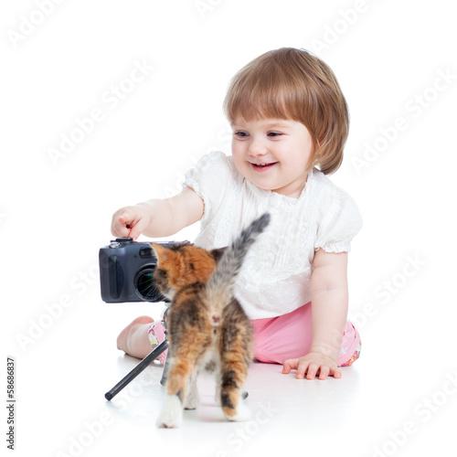 kid shooting kitten