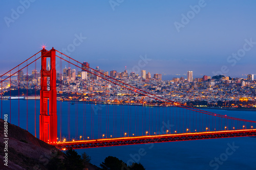 Foto op Aluminium San Francisco San Francisco and Golden Gate Bridge at night