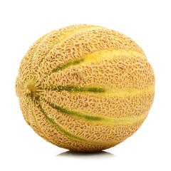 fresco melone maturo in fondo bianco