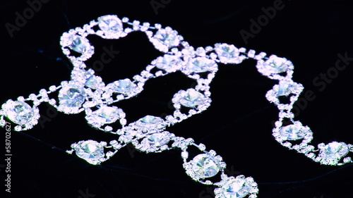 diamond necklace (3)