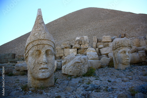 monument of gods on nemrut mountain