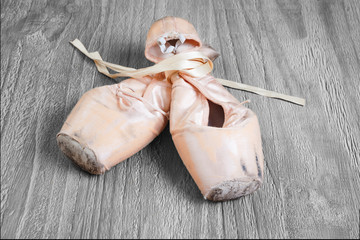 Old used  ballet pointe shoes