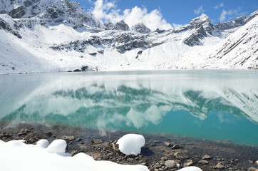 Непал, Гималаи, озеро Гокио, 4700 метров над уровнем моря