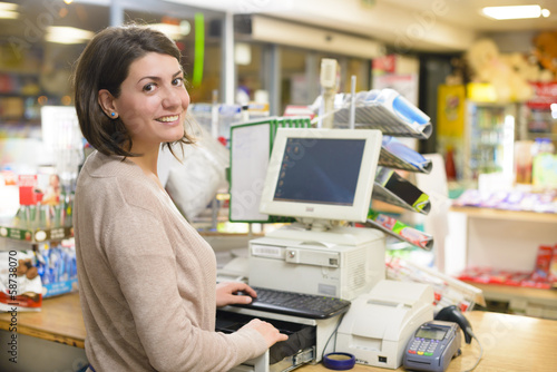 Happy Cashier - 58738070