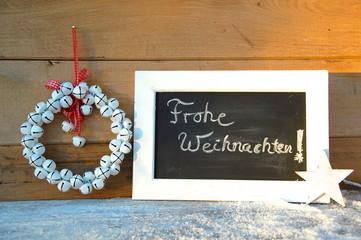 Holztafel mit Text - Frohe Weihnachten