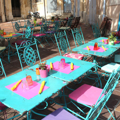 France - Terrasse (Provence)