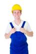junger Bauarbeiter isoliert