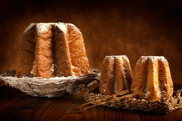 Pandoro con zucchero a velo