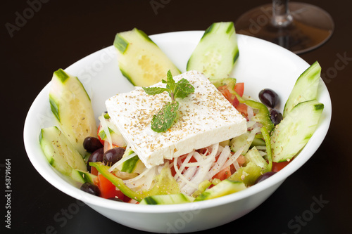 Fresh Greek Garden Salad