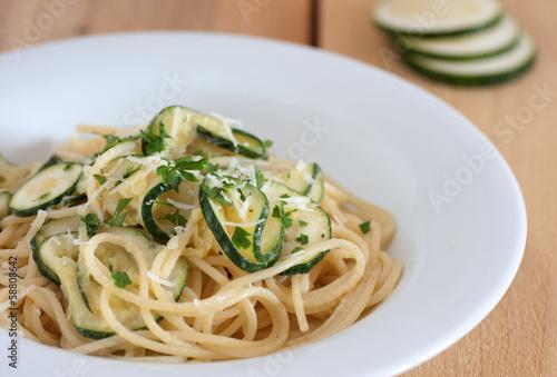 Pasta spaghetti with zucchini.